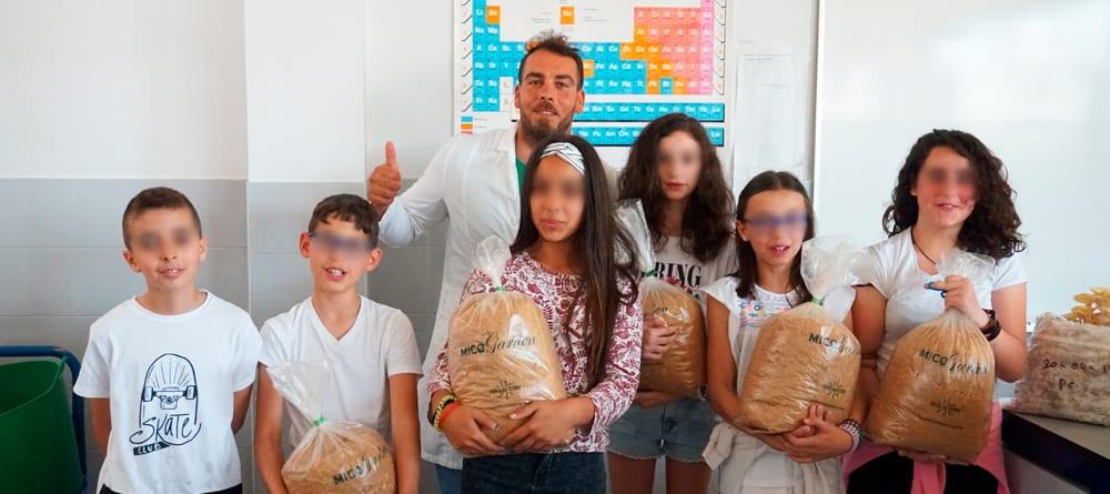 Hifas da Terra enseña Micología en Pontenciencia 2019